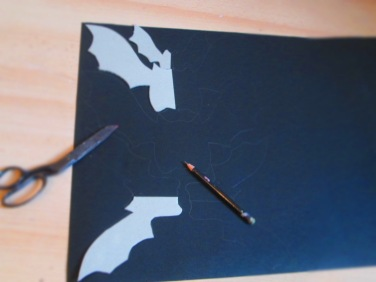 Using bat templetes made from this printout, by sicing the print out on abit or cereal card for a template to draw around, see bat template link to make them....https://lizzymasonart.files.wordpress.com/2014/10/bat-templete.jpg