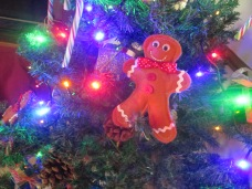 Felt gingerbread men for your traditional style Christmas tree.